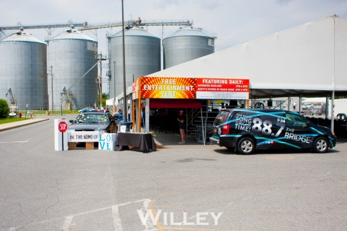 for-king--country-at-the-2016-delaware-state-fair_28575330816_o.jpg